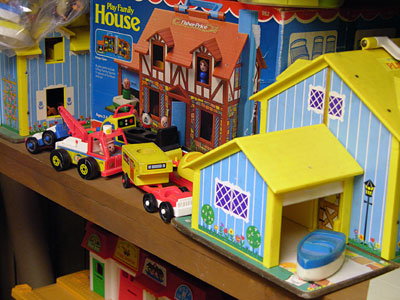 Fisher Price Little People - two houses and one box in a house and some cars and camper